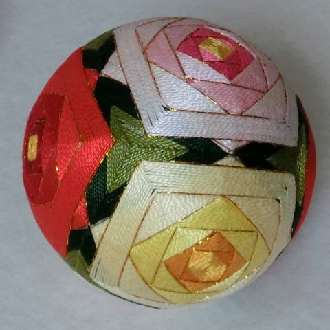 Hexahedron Temari