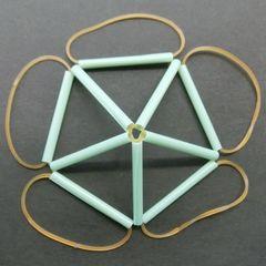 Straw_icosahedron_b