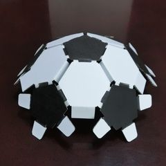 Cardbord_soccerball_11