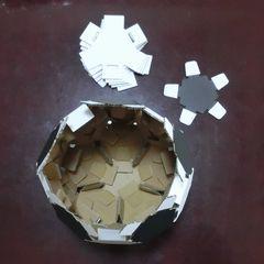 Cardbord_soccerball_17