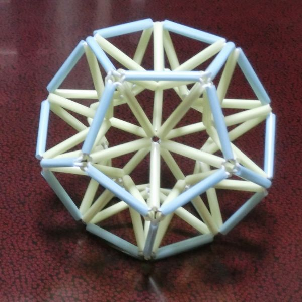Straw_dodecahedron_01