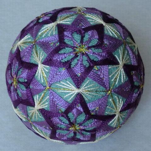 Dodecahedron Temari