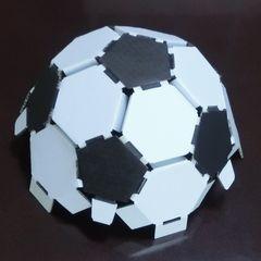 Cardbord_soccerball_12