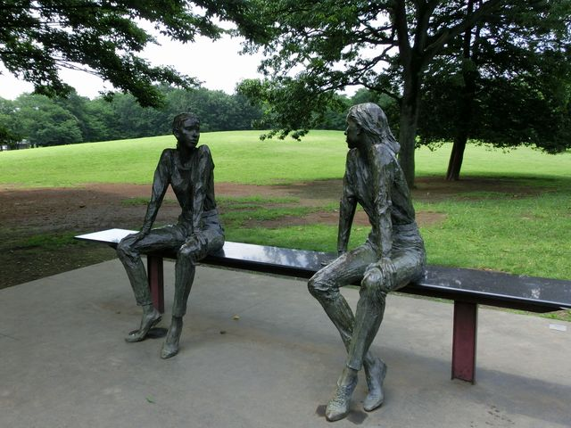 Anne&Michelle120710a